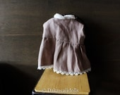 Blythe Doll Outfit /  1/6 doll size /  sleeveless blouse/fawn