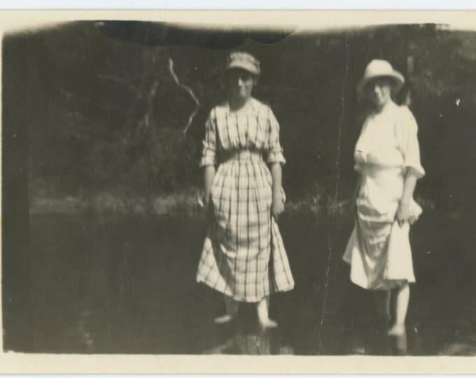 Vintage Snapshot Photo: Women Wading, c1910s (69498)