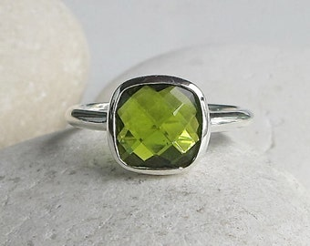 Square Peridot Ring- Green Gemstone Ring- August Birthstone Ring- Green Ring