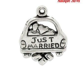 """10 Pieces Antique Silver """"Just Married"""" Car Charms"""