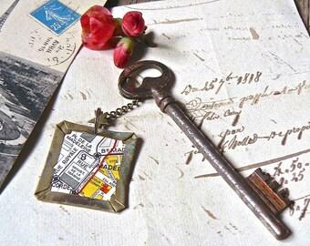 """Old key 839 """"sous les toits de Paris - Place de la Madeleine"""""""