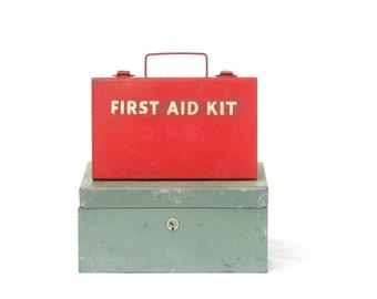Vintage Red Metal First Aid Hanging Kit - Old Red Metal Hanging 1st Aid Box - Vintage Medical Decor - Old Medical Kit - Boho Decor