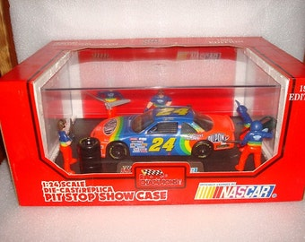 1993 Nascar Jeff Gordon Pit Stop Showcase Die Cast Replica 1:24 Scale