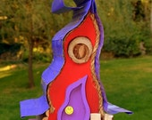 Bird house, birdhouse, curvy birdhouse, in color options, custom birdhouse