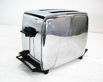 Vintage Toastmaster Chrome Metal Pop Up Toaster