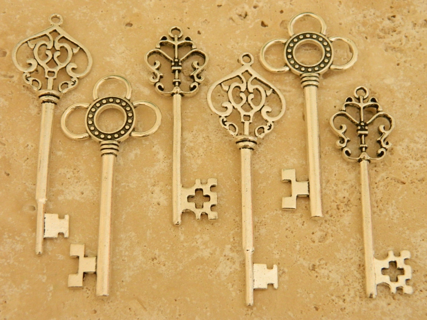 antique keys set of 15 large keys vintage home decor wedding