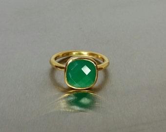 Green Onyx Ring (10x10mm)
