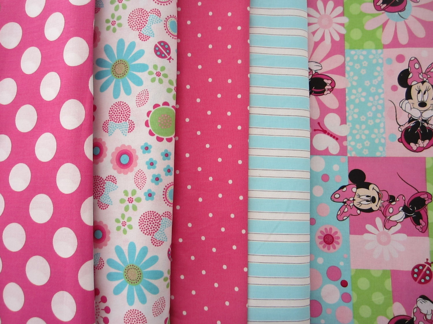 Minnie Mouse Crib Toddler Bed Quilt With Matching Fitted Crib