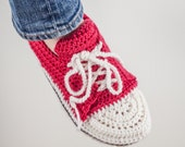 Sale 50% Off Sneakers Crochet Pattern, women sizes 5/6, 7/8 and 9/10-- PDF file -- INSTANT DOWNLOAD --