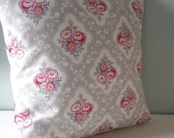 Vintage Style Floral Cushion / Pillow cover Upcycled Teatowel