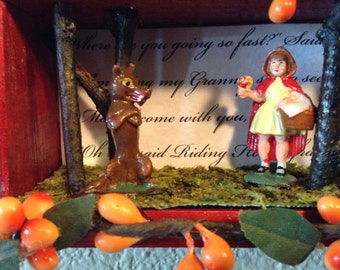 Diorama - 1962 Marx Fairykins Little Red Riding Hood and Wolf