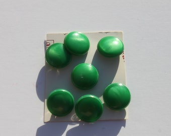 Vintage Green Round Buttons On Card, Shank Back Buttons, Jewelry Craft Sewing, A lot of 7 Old Buttons