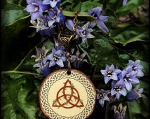 TRIQUETRA medallion made on wood and laminated, totally handmade and customizable ( if you want another symbol, please contact us )