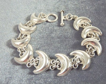Sterling Silver Heavy Moon Toggle Bracelet B53