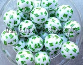 20mm St Patricks Day Shamrock & Hat Print on White  -  Chunky Necklaces - Set of 10 - pearls - St Patty  - Clover