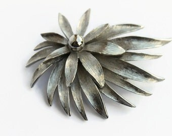 Vintage Silver Tone Flower Brooch, Retro Costume Jewelry, Circa 1960's