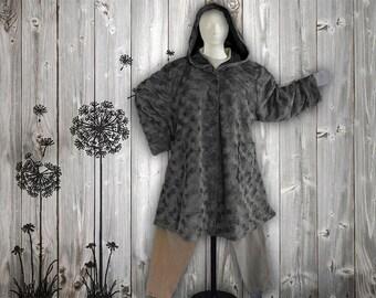 Plus sizes - US 18 - 34, UK 20 - 36 fantastic, FAUX FuR coat/jacket , A-shape, Layered-look