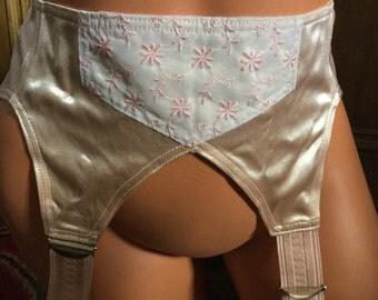 Vintage 30's satin garter belt in salmon coutil