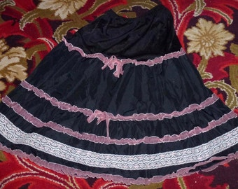 Starched taffeta and nylon flounced petticoat vintage 50's Roldane