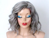 Gray wig. Beach wave hairstyle wig. Short wig. Vibrant gray hair wig for daily use or Cosplay.