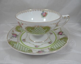 1891 - 1906  Vintage  Rosenthal Bavaria Porcelain Footed Teacup and Saucer - Cute