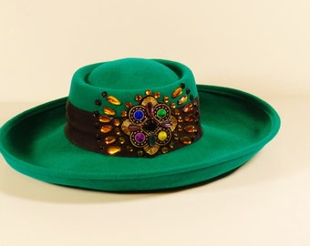 Vintage Emerald Green Jeweled Wool Felt Hat - Lancaster - Sonni of San Francisco