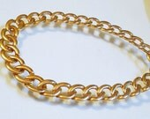 NAPIER  16 Inches Vintage Necklace Timeless Striking Design