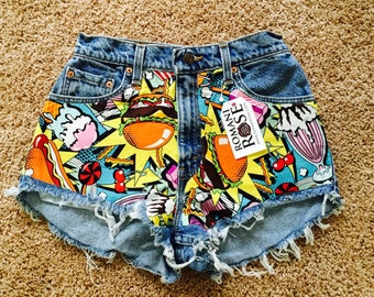 FLASH SALE! One of a kind Food Frenzy 26/27 High Waist Levi Shorts