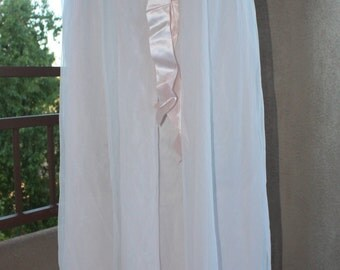 Aristrocraft by Superior 1960's 100% Nylon Pale Pink Nightgown Double layer Chiffon and Satin Bow SZ Med
