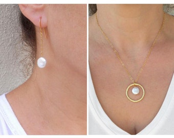 Summer SALE - Coin pearl necklace, Pearl jewelry set, Coin pearl earrings
