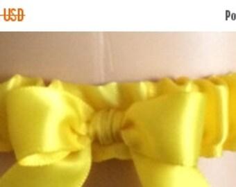 Sale Yellow Tossing Wedding Garters, Prom Garters, Costume Garters, Bridal Garters