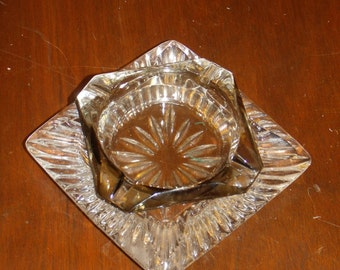 VNG 2-pc Ashtray Crystal  Decorative small plate