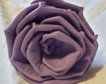Long Stem Lavender Plonge Leather Rose
