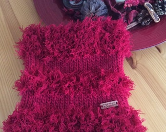 Red Winter Cowl
