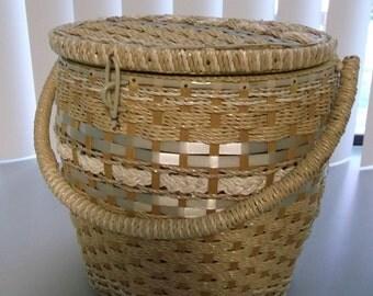 Wicker Bucket Shape Sewing Basket