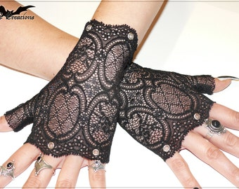 Black Passion - Studded Lace Gloves Gothic Emo Punk Biker Deathrock Metal Steampunk Burlesque vintage nostalgic armwarmers cuffs stylish