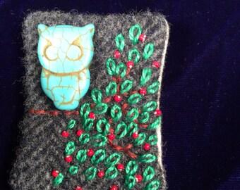 Hoot hoot owl pin brooch