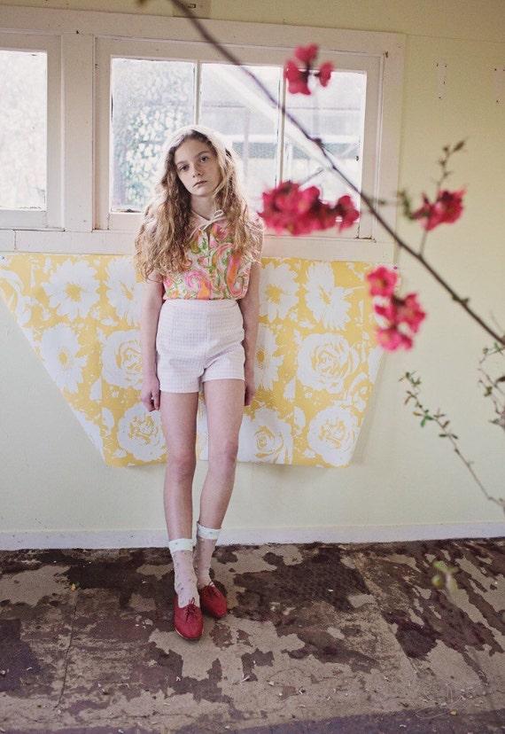 High Waisted Shorts/Vintage Shorts/Checkered Shorts/Pink/White/70s