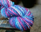 Handspun Medium / Bulky, Yarn, Corriedale Yarn, Gentle Thick and Thin, Corriedale 132 yards