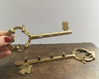Vintage brass Key holder Rustic key hanger Brass Key Rack Brass Wall Hanging