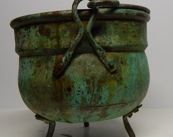 Antique Copper Pot with Green patina: Planter