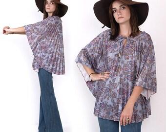 70's PAISLEY Print CAPE Accordion Pleated Angel Sleeves Hippie Boho Caftan Kaftan Blouse Shirt Vintage Top