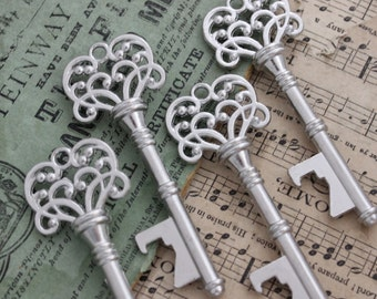 10 Skeleton Keys bottle openers Antique Silver Double sided Alice in Wonderland party wedding decorations Steampunk Supplies