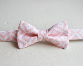 Blush Pink Boys Bow Tie -  Blush Pink Bow Tie, Light Pink Baby Bow Tie, Little Boys Bow Tie, Pink Easter Bow Tie, Blush Pink Boys Bowtie