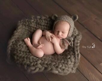 Newborn felted bear bonnet, Hand knit and Felted Baby Bear Bonnet size newborn, Newborn Bonnet, Newborn bear bonnet, Teddy Bear felted ears