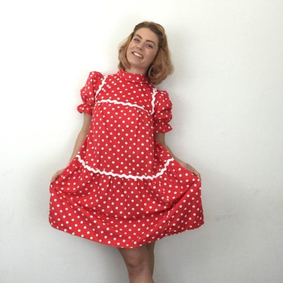 Vintage mini dress babydoll 1960s spotted minidress 60s red white spotty short frock UK 8 Minnie Mouse Disney Mod scooter girl Go Go