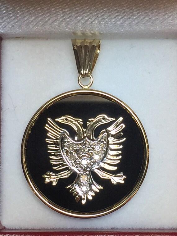 albanian eagle national pendant 0 10crt in by dartamericana