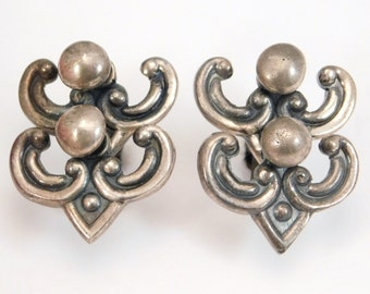 Unusual Los Castillo Taxco Silver Moveable Earrings