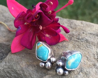 Dainty Turquoise and silver pebbles post earrings