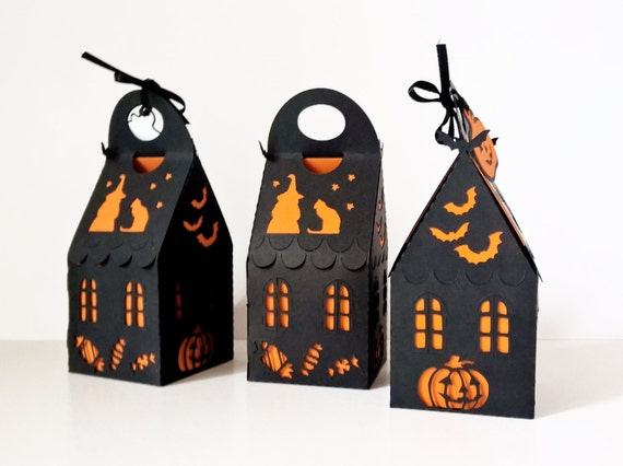 paper cut halloween spooky house treat box ready made 2,5x2,5x4,5inch